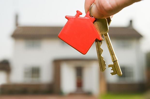 Мнение специалистов по ипотеке: оформление при непогашенных кредитах