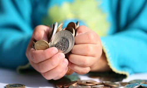 Размер минимальной пенсии и зарплаты в украине