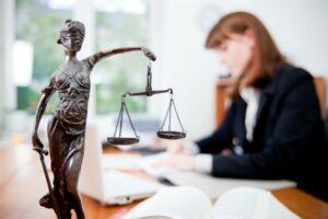 Как можно получить бесплатную юридическую консультацию в Санкт-Петербурге