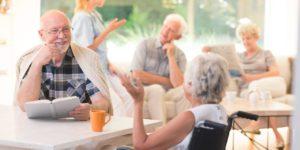 Как выбрать частный дом престарелых в России